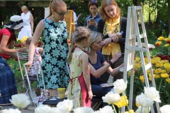 Master class with Children : painting the tulips